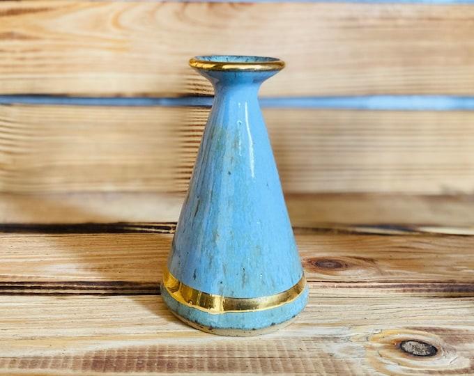 Vase with gold rim
