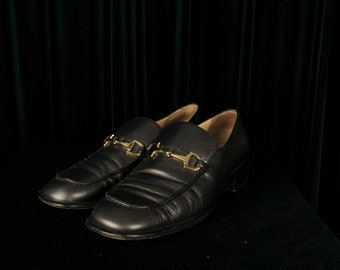 fd56e0166ea Women s gunmetal grey vintage Gucci loafers with dust bag size 38.5 (UK 6)