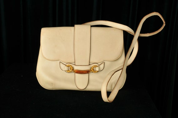 Vintage Designer 1970s Gucci Crossbody Cream Bag