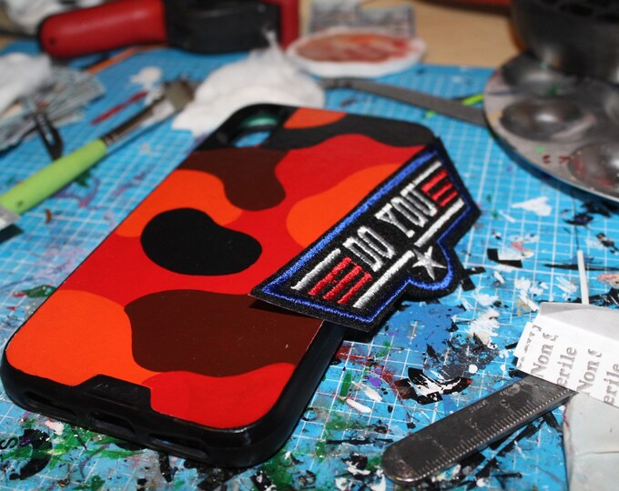 Featured listing image: Red Camo Custom iPhone / Samsung Phone Mous Case