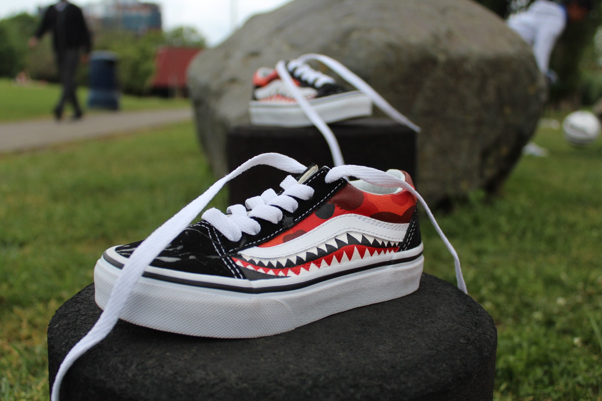 Skool Red And Bape Old Kids Custom Teeth Camo Vans Shark VMUqpSz