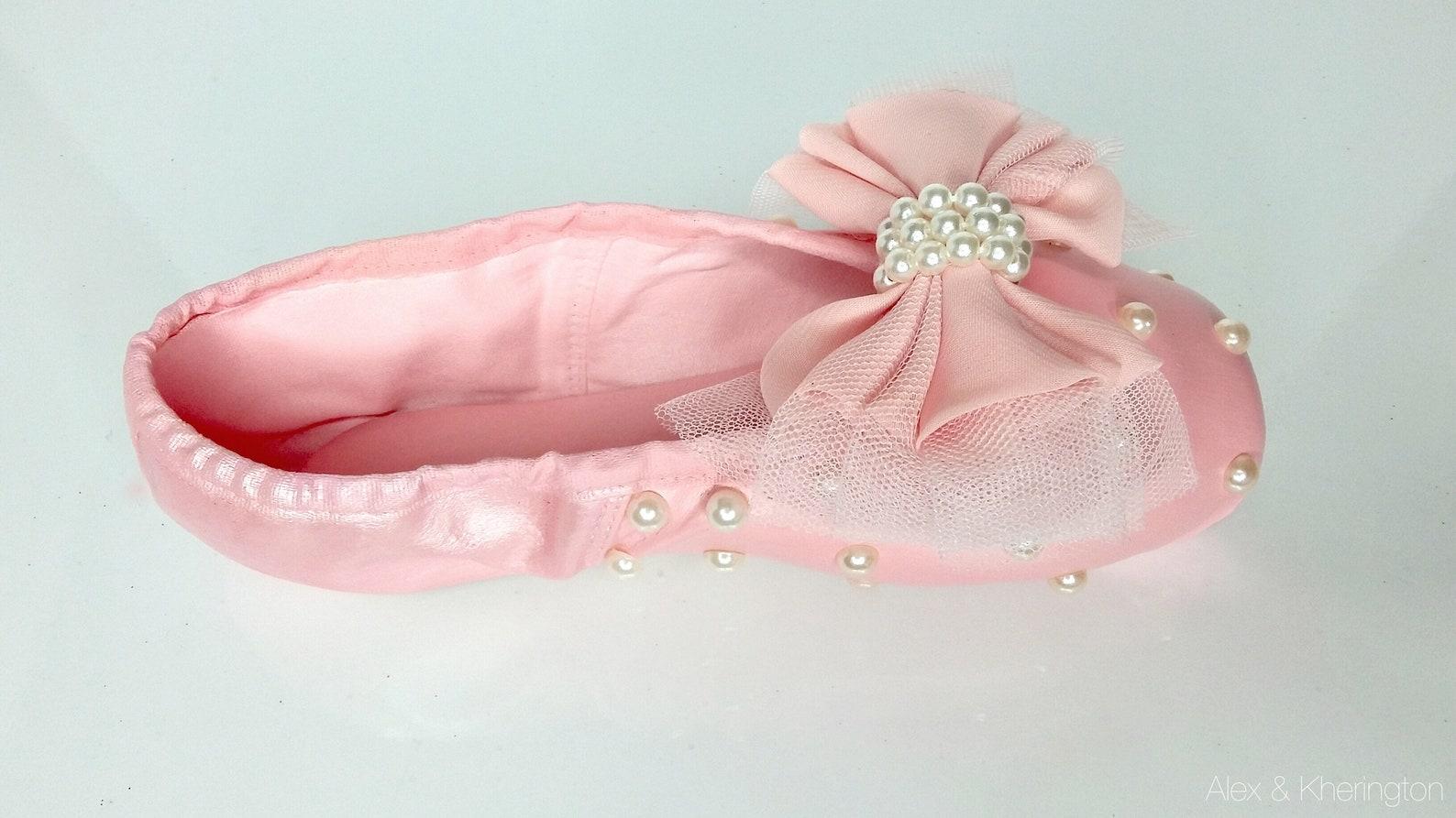 alex & kherington ballet shoe design, pointe shoes, ballet shoes