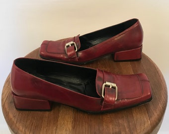 90s does 60s Mod IXOS Maroon Loafers