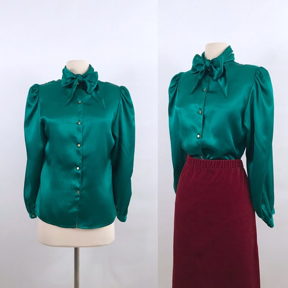 green silky pussy bow blouse | 70s vintage