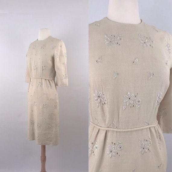 vintage ecru linen wiggle dress | 50s vintage