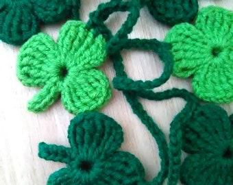 kilofly 12pc Party Decor Four-Leaf Clover Garlands Tissue Pom Poms Value Set