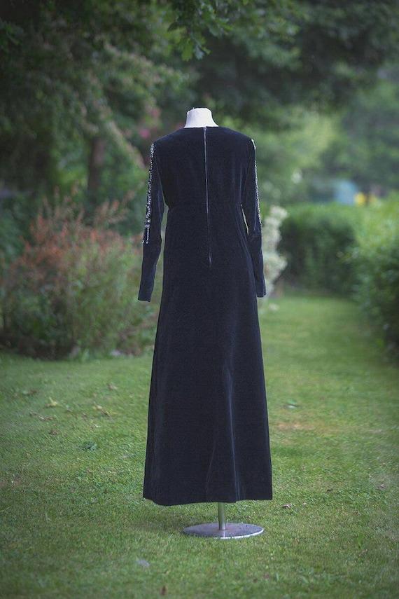 Thea porter Designer evening dress black velvet U… - image 6