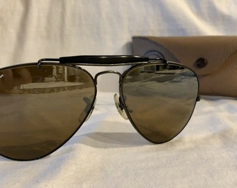 36c1ff0e6b23c Vintage B L Bausch and Lomb Ray-Ban B15 Black Wrap-Arounds Outdoorsman Aviator  Sunglasses 58mm
