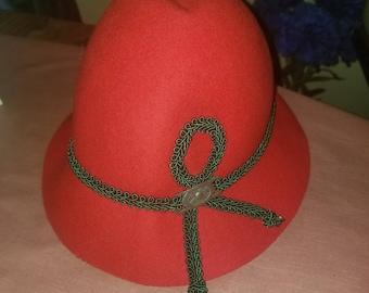 Ladies Elegant Red Wool Hat