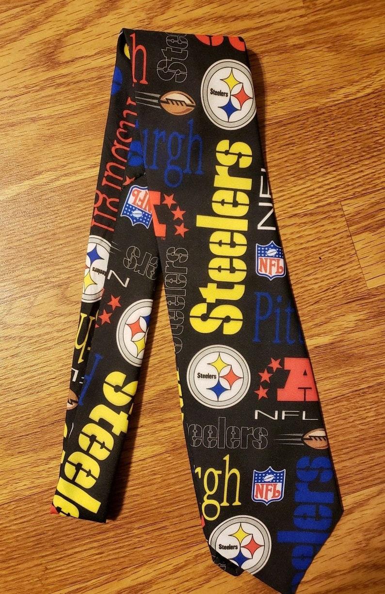 RALPH MARLIN Original Neck Tie NEW Made in USA Excellent FOOTBALL Sports Modern