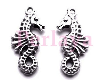 Set of 15 REF1215X3 seahorse charms