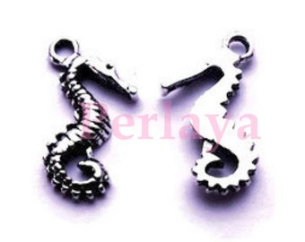 Set of 15 REF1328X3 seahorse charms