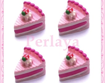 Set of 3 pces piece of cake with Strawberry resin 1.7 cm REF2017X3