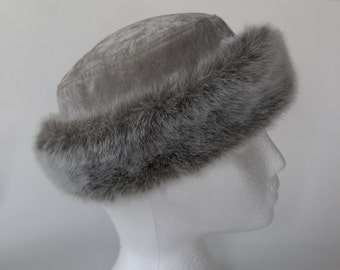 96fe338f197 Swedish vintage women s grey velvet and faux fur cap  Ladies winter cap  HPI  of Sweden cap  Elegant winter hat