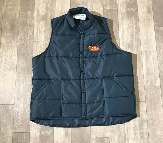 70s That 70s Show Young N Tender puffy vest XL Hol