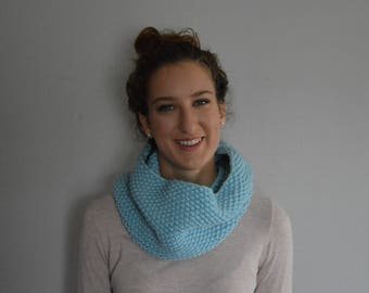 Knit Cowl - Infinity Scarf - Light Blue