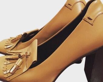 PRADA luxurious CAMEL leather pumps size 38,5