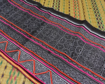 7a35ba1f8c30 Black   White Hmong Fabric Embroidery with Colorful Yarn