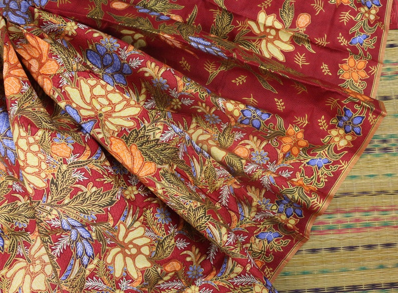 1a337cf8d Red & Colorful Floral with Golden Line Floral Sarong Printed | Etsy