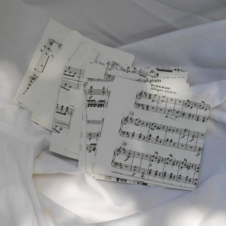 Mini Sheet Music Origami Paper Flowers Set of 6 | Paper flowers ... | 794x794