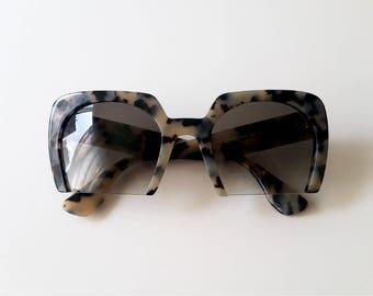 Miu Miu, lunettes de soleil Miu Miu, lunettes léopard, lunettes de soleil  vintage, lunettes de soleil retro, cadeau anniversaire femme 60a04cf03b2c