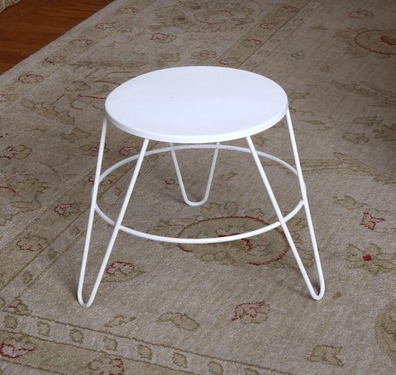 Fine Mid Century Metal Foot Stool Plant Stand Hair Pin Legs Inzonedesignstudio Interior Chair Design Inzonedesignstudiocom