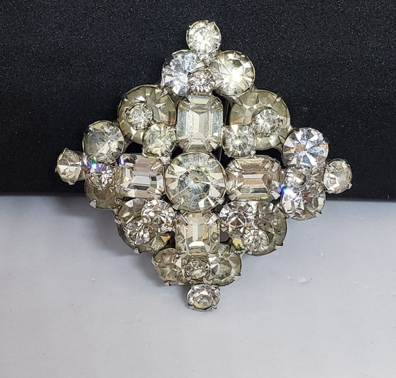 40's/50's Stacked Brooch