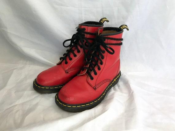 Red Dr. Martens / Vintage Dr. Martens / 1460 Red D