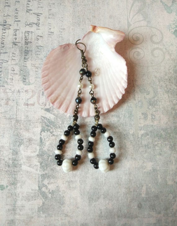 Black white loops Art Nouveau earrings lightweight long beaded oval dangle minimalist design geometric style simple color modern jewelry