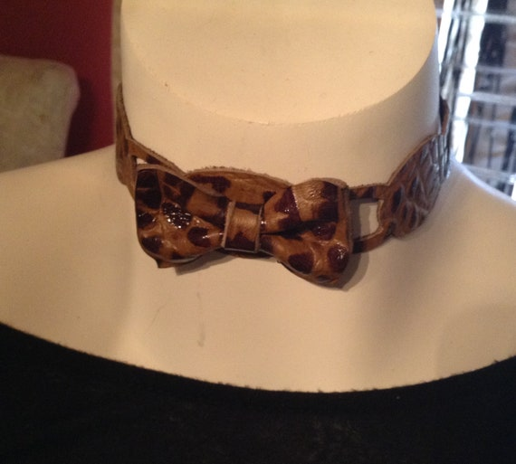 Croc leather bow choker