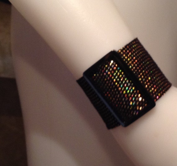 Iridescent leather buckle bracelet