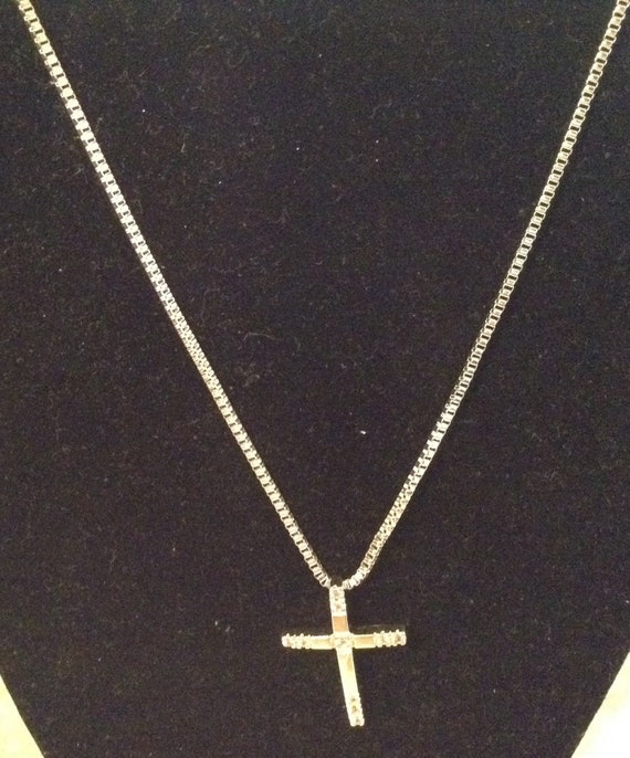 Sterling silver .925 box chain with sterling cross