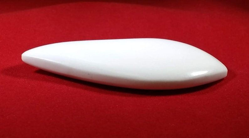 Irregular-shaped Howlite/White Turquoise Cabochon White image 0