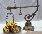 Antique single pan brass Victorian scale - Please see full description for shipping fees