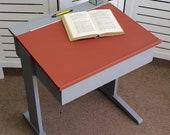 Cute child's school desk - Please see full description for shipping fees