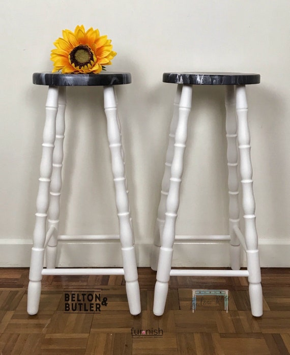 Incredible Solid Wood White Set Of Bar Stools Acrylic Paint Pour Kitchen Stools Hand Painted White And Grey Kitchen Chairs Bralicious Painted Fabric Chair Ideas Braliciousco
