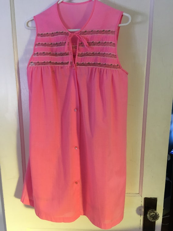 Pink 1960's cotton peignoir set