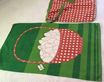 Italian linen apron and wall hanging/dish towel