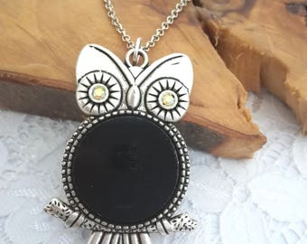 Owl necklace, Owl pendant, Owl jewelry, Owl gift, Fused glass, Black jewelry, Silver and glass, Black pendant, Fused glass jewelry