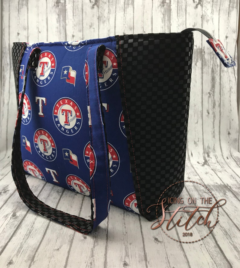 Texas Rangers Everyday Tote / Faux Leather Tote / Tote Bag / image 0