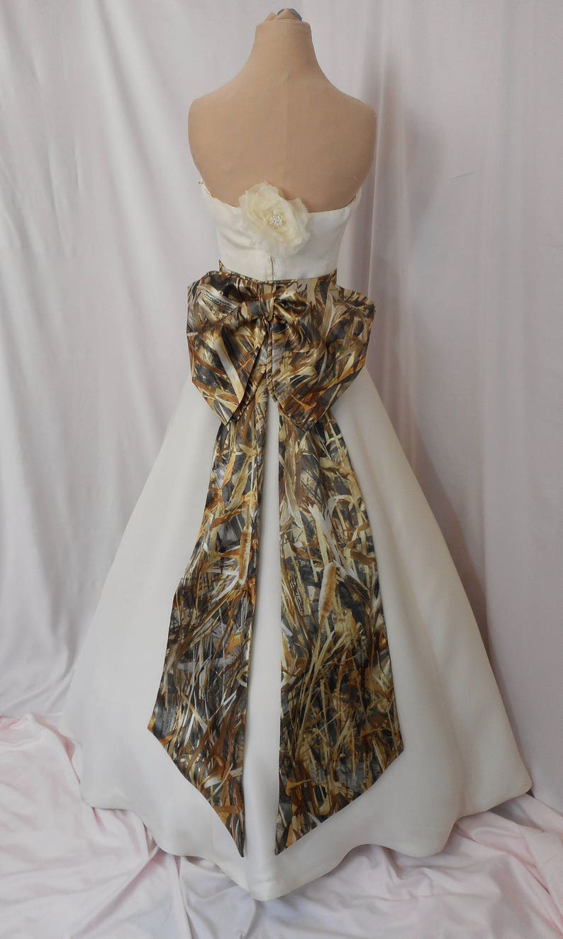 Naughty but Nice Classy Chic Camo Bow Sash Tails Accessory image 0