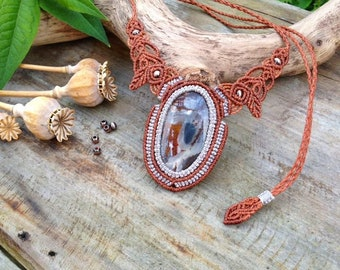 Rusty Beauty Macrame Necklace, Boho/Gypsy/Bellydance/Witch/Fairy