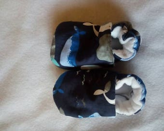 Baby pram shoes, 6 to 9 months old, whales