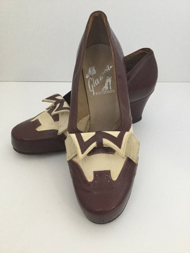 b4e1168f0f961 Vintage Spectator Pumps 1940s 1950s, Town Shoes, Glamour Foot Styles, Suede  Leather Two Tone Wingtips, Australian Size 7, Low Womens Heels