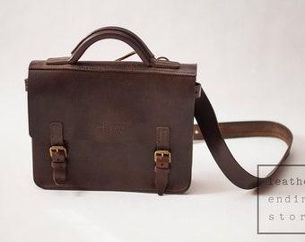 Expert, Leather Bag, Satchel, Messenger, Dark Brown Medium Shoulder Bag, Mens Leather Bag, Womens Brown bag, Crossbody bag, Shoulder Bag