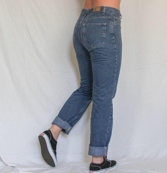 9d9963e0ec51a Tommy Hilfiger Vintage taille haute très tendance Mom Jeans   Etsy