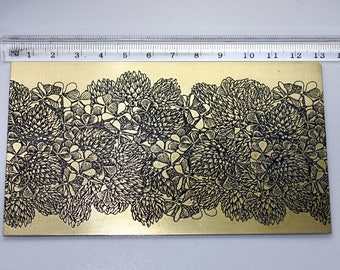 Brass texture Metal sheet 20ga Nature Decorative style flower Chamomile Etched Oxidized yellow brass Findings Jewelry making Metalworking