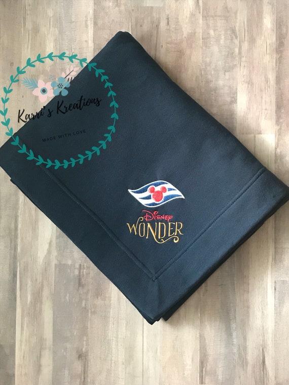 Disney Cruise Line Halloween Blanket.Disney Cruise Cruise Ship Stadium Blanket Fish Extender Gift Cabin Gift