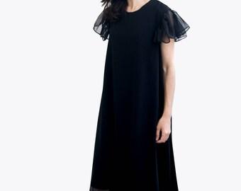 621a24d7381e The Flowy Dress