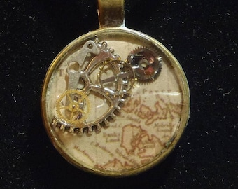 Antique Map & Clockwork | Pendant